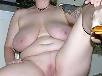 English old milf posing undressed on cam
