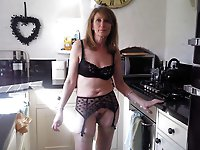 Glamorous mature lasses posing fully nude on cam